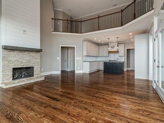5085 Pindos Trail living room